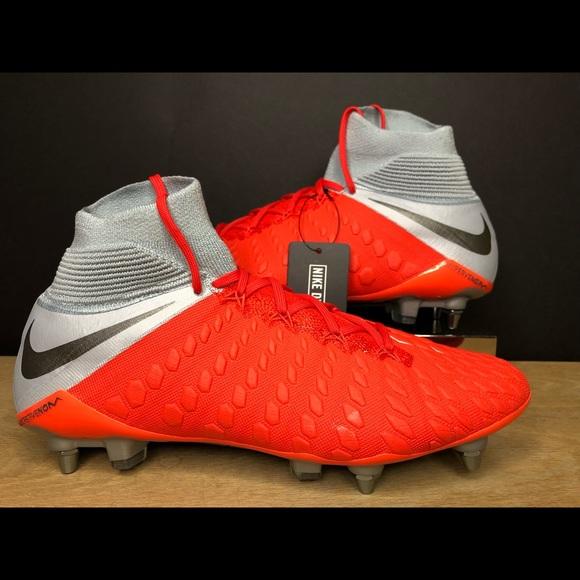 premium selection 9bebe e65c9 Nike Hypervenom Phantom 3 Elite SG ACC Soccer NWT